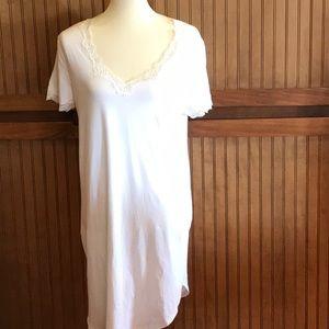 Lauren Size Large Cream nightgown